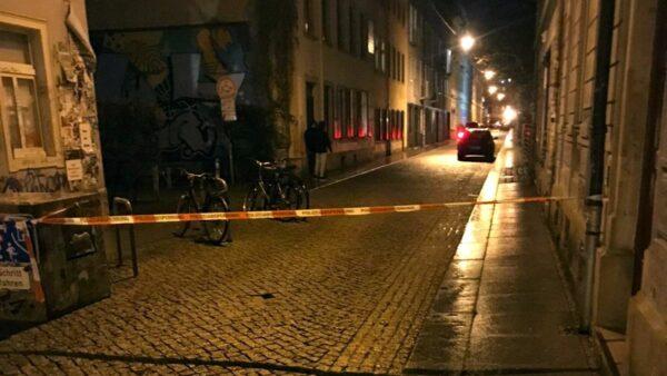 Vorerst mit Flatterband abgesperrt: die Böhmische Straße