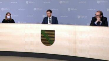 Kabinettspressekonferenz mit Gesundheitsministerin Köpping, Ministerpräsident Kretschmer und Kultusminister Piwarz