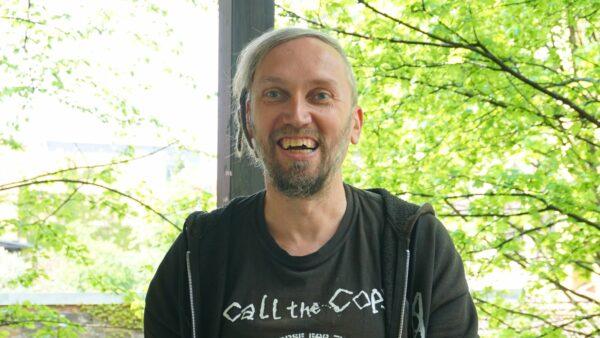 Rafael Kühn, froh über Veröffentlichung - Foto: Jonas Breitner