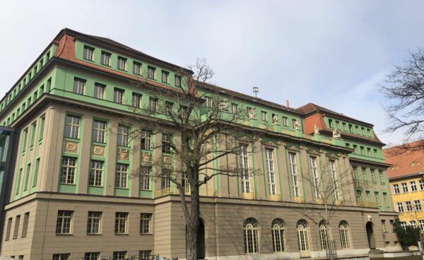 Das Romain-Roland-Gymnasium, Foto: L. Ludwig