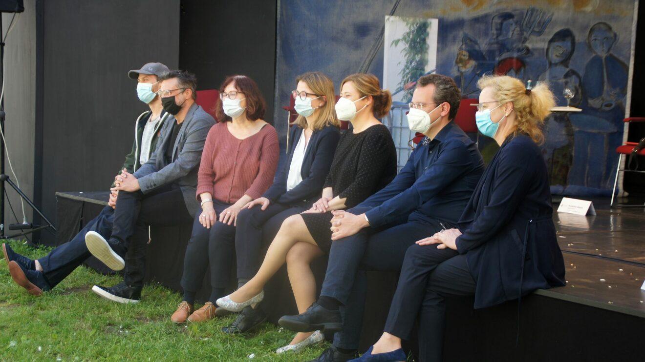 Die Liga der kulturellen Gentle(wo)men: stephan Tautz, Rodney Aust, Brit Magdon, Annekatrin Klepsch, Corinne Miseer, David Klein, Frauke Roth.