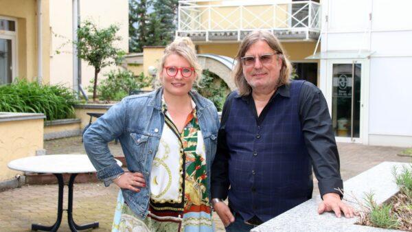 Luise Maria Eggenhofer und Ferenc Weidel haben das Hotel Rothenburger Hof übernommen und wollen es zu neuem Glanz führen.