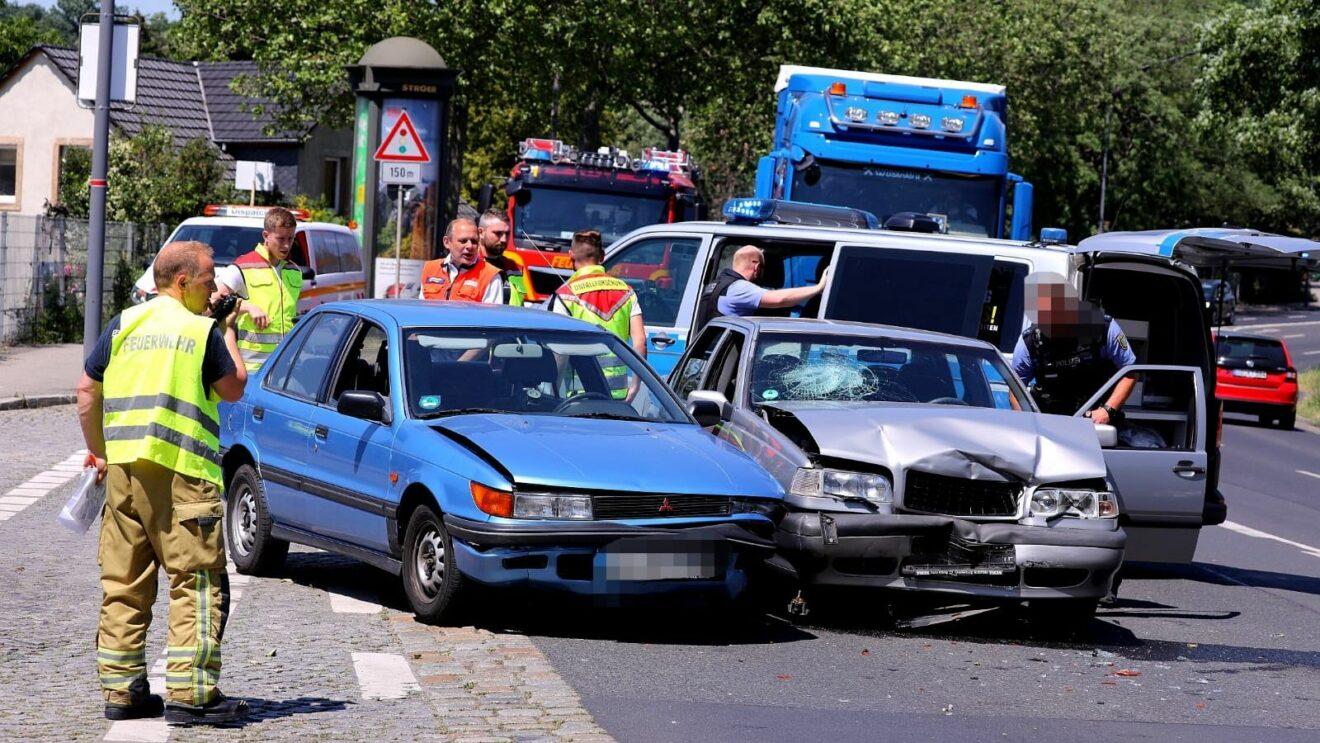Unfall auf der Hansastraße - Foto: Tino Plunert