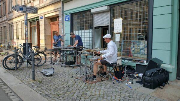 Live-Musik an der Prießnitzstraße