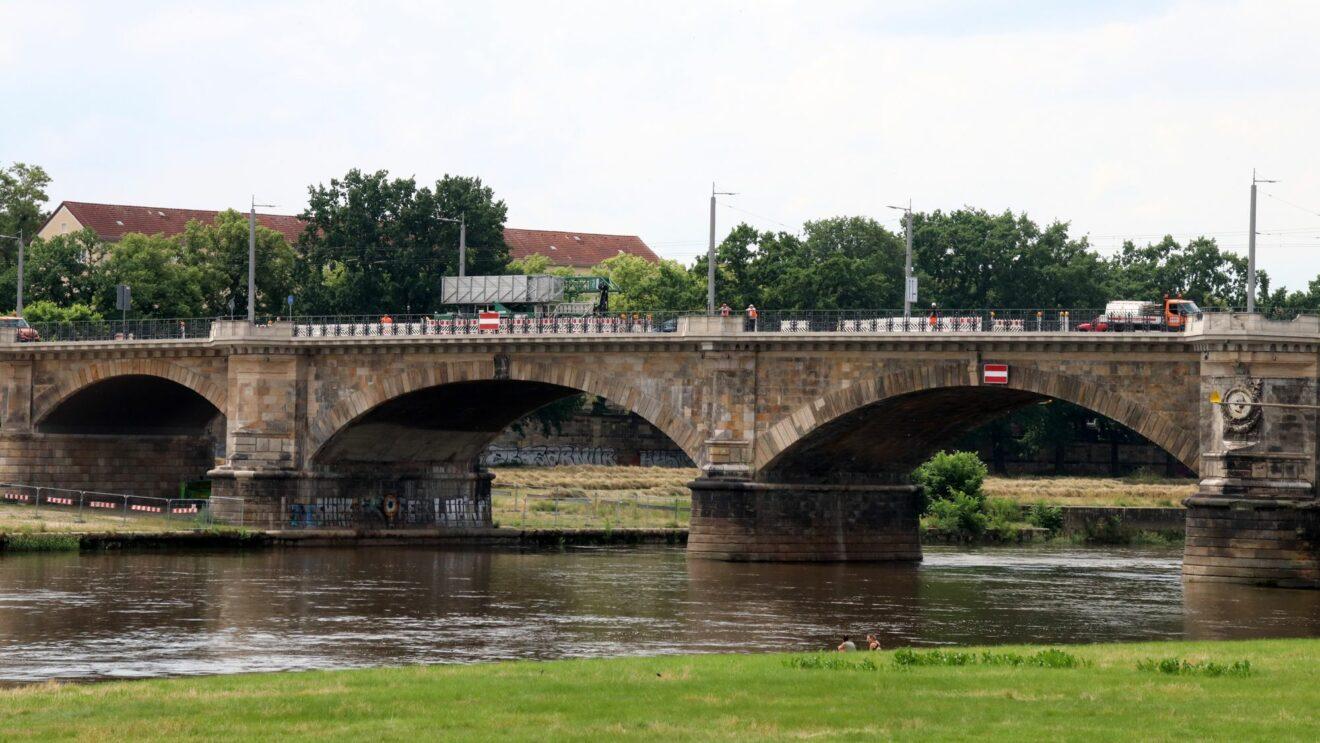 Bauarbeiten auf der Albertbrücke