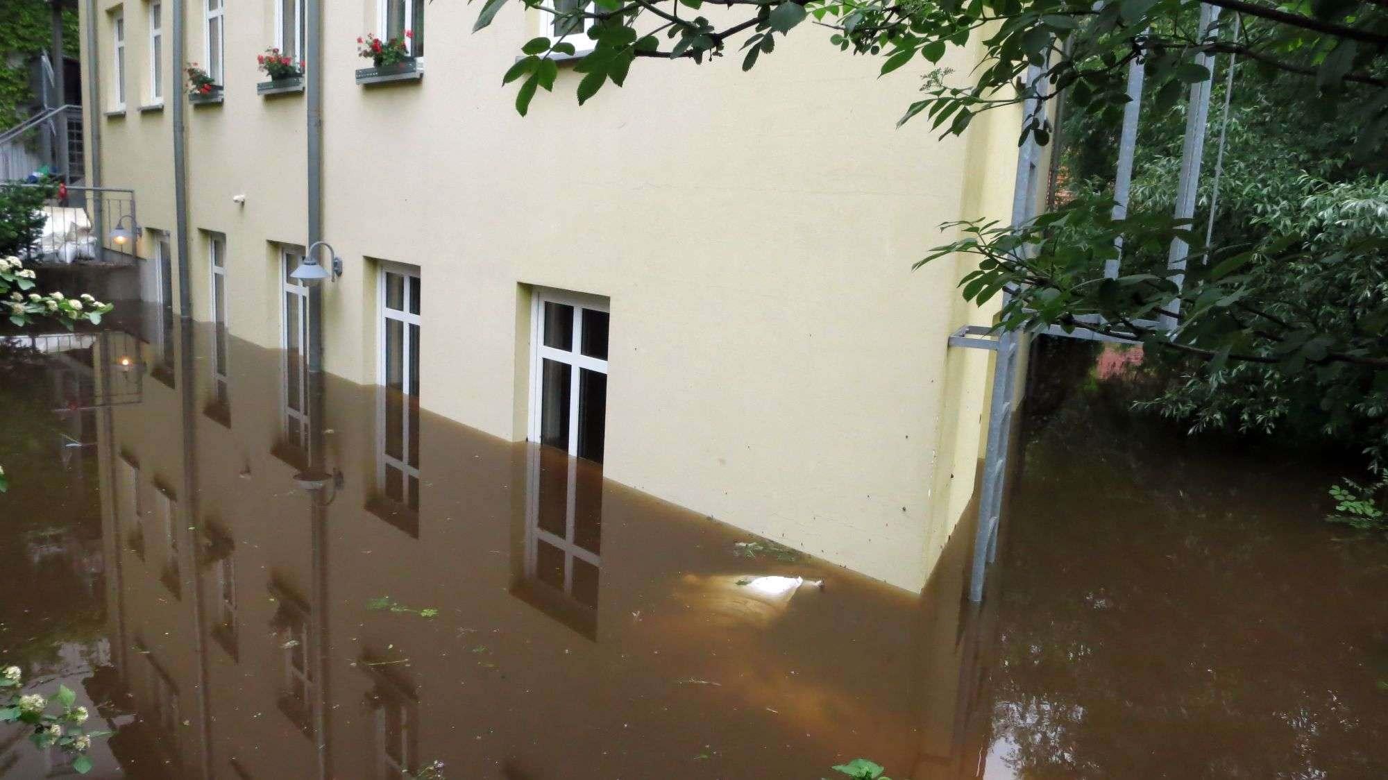 Hinterhaus an der Prießnitzstraße - Foto: Archiv Anton Launer 2013