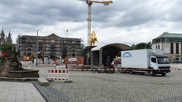 Bühne am Neustädter Markt