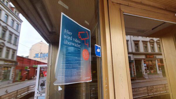Videoüberwachung im Hausflur an der Alaunstraße