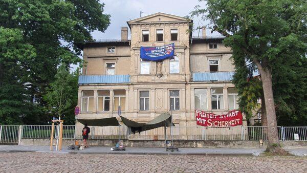 Besetztes Haus an der Jägerstraße