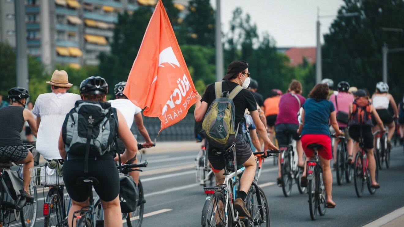 """""""Seebrücke"""" startet Petition und Demo"""