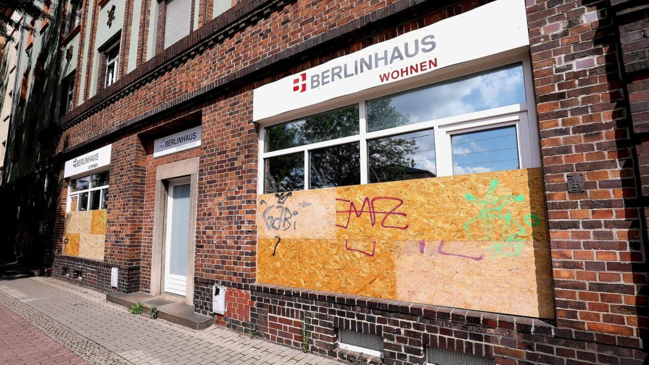 Eingeschmissene Scheiben auf der Großenhainer Straße