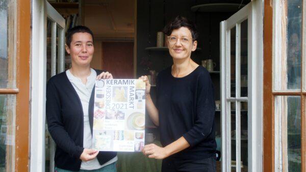Susanne Petzold und Susanne Engelhardt organisieren den Dresdner Keramik Markt mit. Foto: Philine