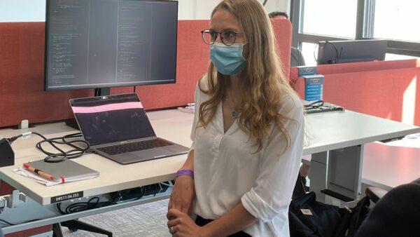 Anastasiia Terenteva hat in Moskau Informatik studiert und war in dieser Zeit bereits zum Praktikum in Dresden. Foto: W. Schenk