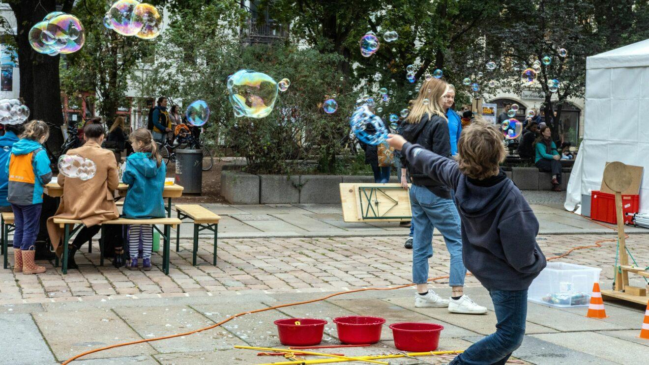 Neustadt-Art-Festival 2020 am Martin-Luther-Platz - Foto: Dave Mante