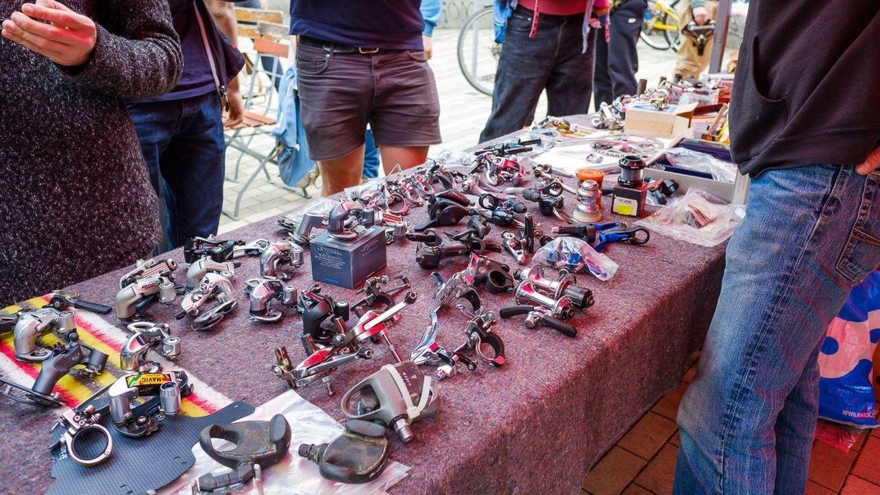 Fahrradteile auf dem Fahrradflohmarkt - Foto: Stephan Böhlig