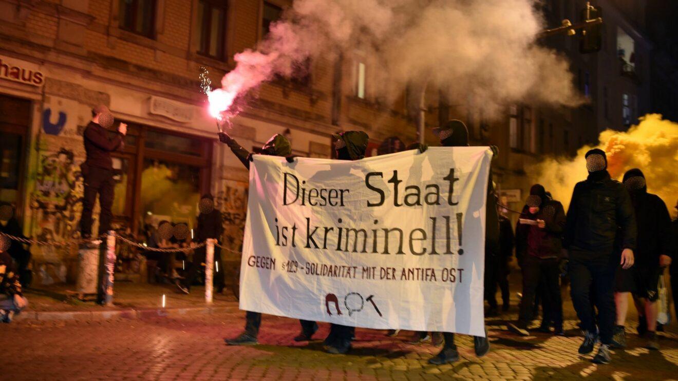 Spontanddemo durch die Neustadt - Foto: Gruppe freelina