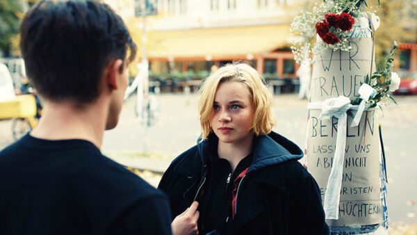 """Luna Wendler in """"Je suis Karl"""" in der Schauburg"""