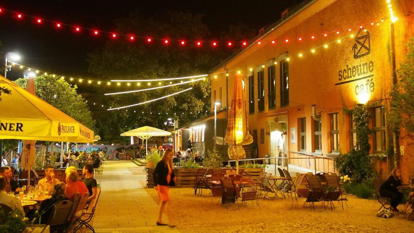 Noch bis 14. November gibt es das Scheune-Café an der Alaunstraße - dann im Exil auf der Görlitzer Straße