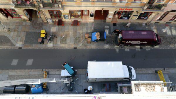 Die Profis vom Blitzumzug kennen die Neustädter Straßenverhältnisse gut und haben für jede Situation die passenden Geräte.
