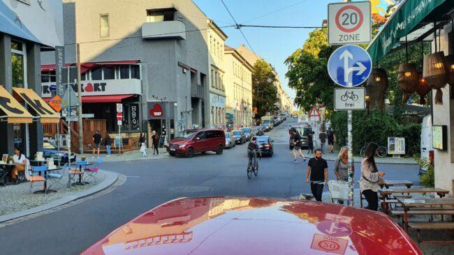 Ab der Alaunstraße gilt jetzt auf der Louisenstraße Tempo 20