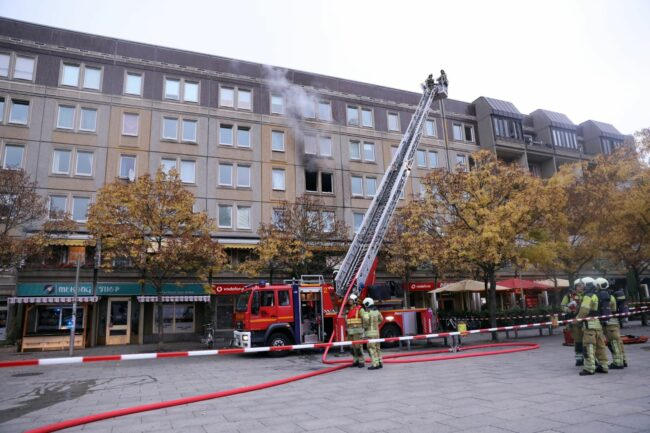 Feuerwehreinsatz am Albertplatz - Foto: Tino Plunert