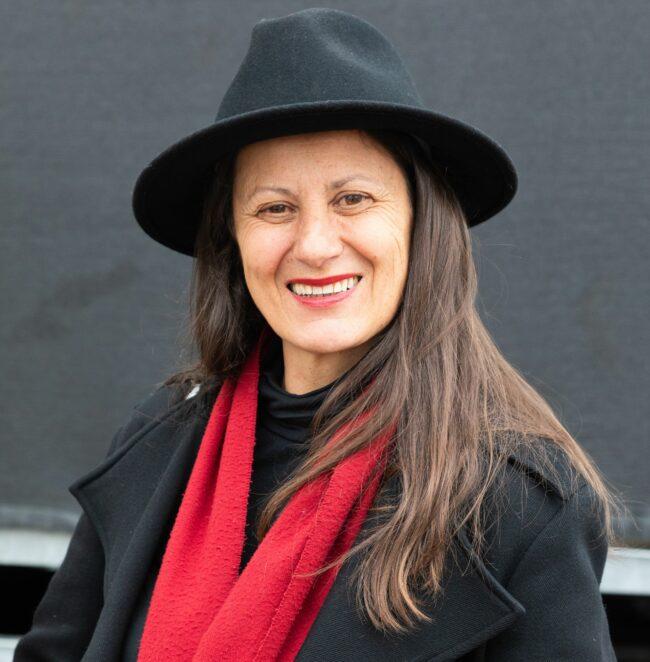 Regina Felber führt durch die Neustadt - Foto: M. Lankers